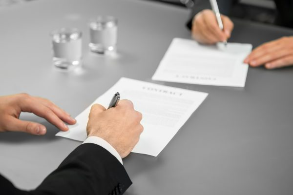 The Advantages of Having a Translation Contract